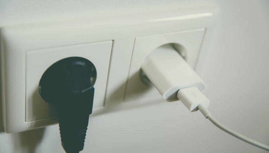 plug sockets installation